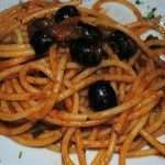 bucatini olive e capperi