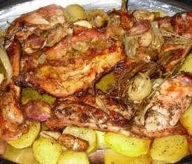 Risultati immagini per coniglio  con le patate  fatto  al forno