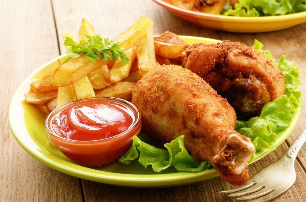 Cosce di pollo impanate e fritte